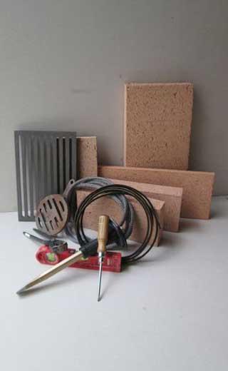 Werkzeug und Material für den Reparaturservice