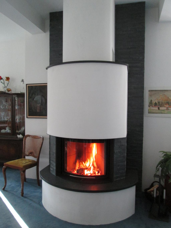 rka1-bunner-runder-kamin-Romantikfeuer 1